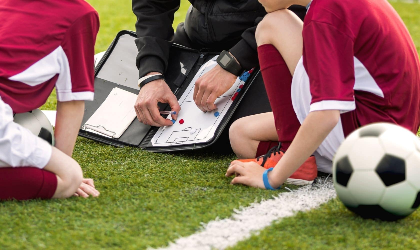 Learn how to become a soccer coach. Including a guide to the fundamental coaching principles, session design, and the best online learning resources.