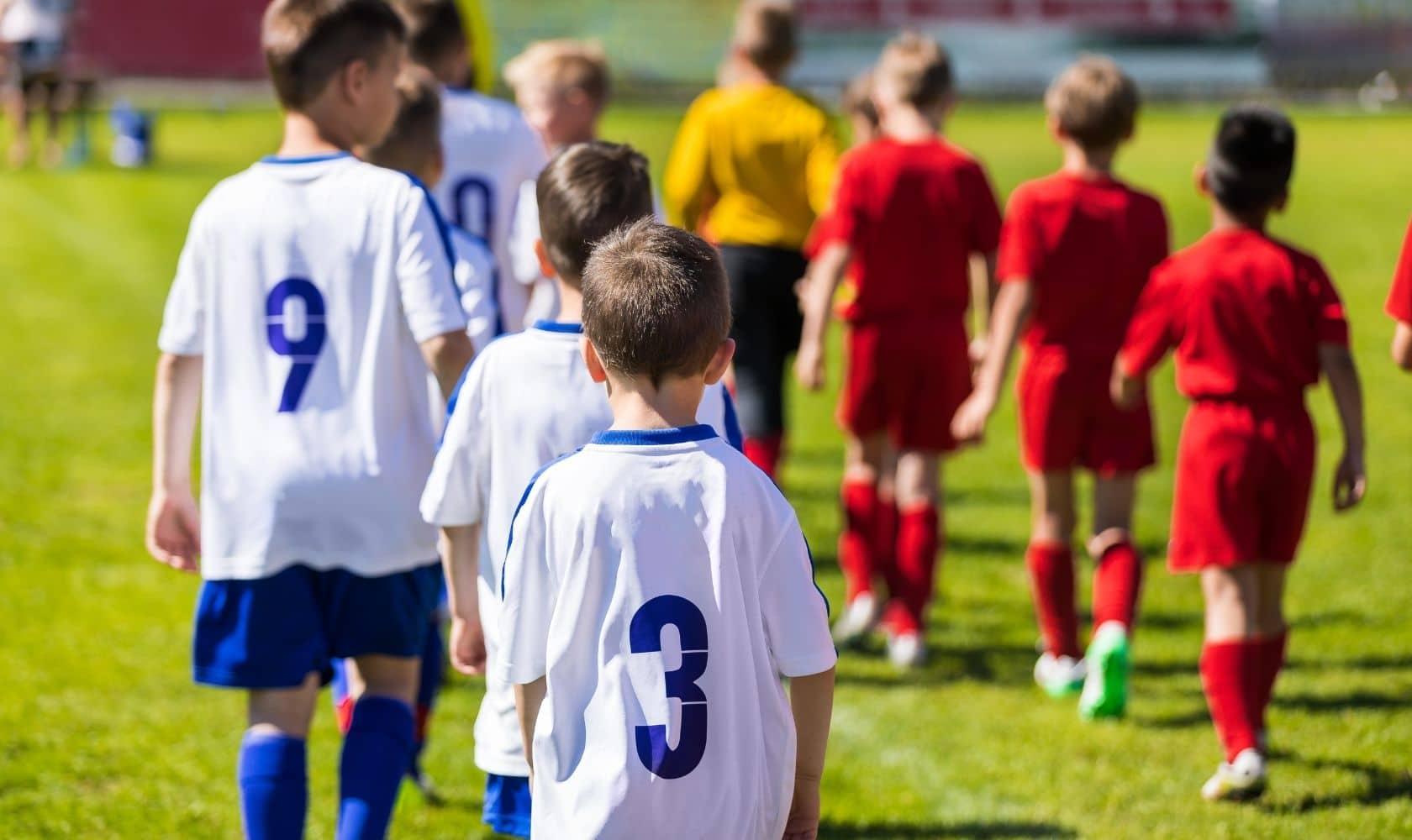 How to coach U8 soccer: A definitive guide to coaching U8 soccer drills.